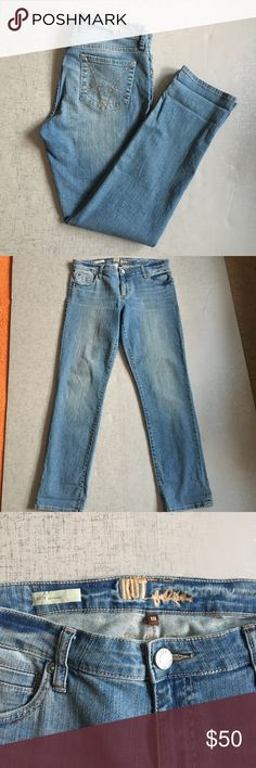 """Kut from the Kloth Katy Boyfriend Jean Style jeans is Katy boyfriend. Approximate measurements are inseam 31"""", Front rise 9"""", waist 34"""", back rise 14.5"""".  These have a good amount of stretch to them. EUC, no stains or rips. Kut from the Kloth Jeans Boyfriend"""