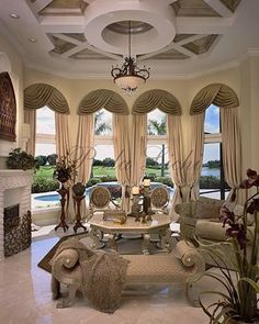Traditional Living Room with Arched window Crown molding C - Traditional Living . Traditional Living Room with Arched window Crown molding C – Traditional Living Room with Arched Luxury Decor, Luxury Interior, Interior Design, Modern Interior, Design Living Room, Home Living Room, Beautiful Houses Interior, Beautiful Interiors, Beautiful Bedrooms