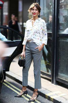 bionda castana pointed-toe strappy heels