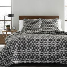 Shop for City Scene Dylan Cotton Quilt Set. Get free shipping at Overstock.com - Your Online Fashion Bedding Outlet Store! Get 5% in rewards with Club O!