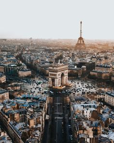 This is the most popular street in the city of Paris. Its tree-lined sidewalks s… This is the most popular street in the city of Paris. Its tree-lined sidewalks sweep from the Place de la Concorde to the Arc de Triomphe.