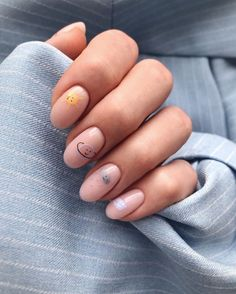 Round Nails, Oval Nails, Minimalist Nails, Nail Swag, Stylish Nails, Trendy Nails, Hippie Nails, School Nails, Fire Nails