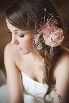 Bridal Flower Hair. Flower comb. Wedding comb Blush pink wedding hairpieces Vintage Hair accessories