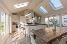 Cheshire Furniture Company have designed and installed beautiful bespoke kitchens, bathrooms, bedrooms and furniture for other rooms for almost 25 years. Modern Country Kitchens, Grey Kitchens, Bespoke Kitchens, Kitchen Family Rooms, Living Room Kitchen, Dining Rooms, Open Plan Kitchen, New Kitchen, Kitchen Units