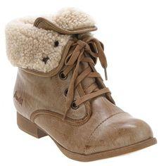 cute boot! :)