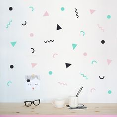 80's party wall pattern - Made of Sundays  - 1