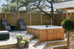 Hot Tub Backyard, Backyard Patio, Outdoor Spaces, Outdoor Living, Outdoor Decor, Porch Area, Getaway Cabins, Garden Living, Outdoor Kitchen Design