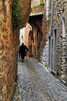 walking at Mesta village, Chios Island, Greece by Thalia Nouarou on flickr