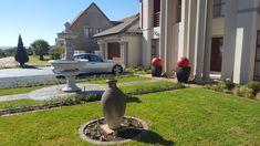 Garden Landscaping, Garden Sculpture, Garden Design, Landscape, Outdoor Decor, Gardens, Home Decor, Front Yard Landscaping, Scenery