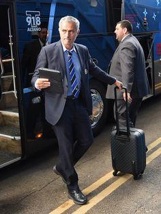 Jose Mourinho arriving at Stamford Bridge earlier... #CFC #ChelseaFC_NGA pic.twitter.com/8N51fyCzIC