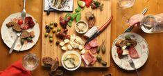 Party Finger Foods, Party Snacks, Tapas Buffet, Barcelona Restaurants, Cozy Restaurant, Spanish Tapas, Meat Lovers, Good Pizza, Vegan Options
