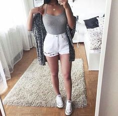 7 stylish white shorts outfits to wear this summer , For More Fashion Visit Our Website cute summer outfits, cute summer outfits outfit ideas,casual outfits 7 styli. Tumblr Outfits, Mode Outfits, Girl Outfits, Fashion Outfits, Dress Fashion, Cute Summer Outfits, Spring Outfits, Trendy Outfits, Outfits With White Shorts