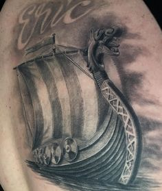 "86 Likes, 3 Comments - Julio Alcazar (@julietor_tattoo) on Instagram: ""#drakkartattoo #drakkar #viking #vikingtattoo #healedtattoo #barco #vikingo #blackandgrey…"""
