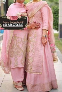 Designer Party Wear Dresses, Indian Designer Outfits, Indian Outfits, Indian Dresses, Embroidery Suits Punjabi, Embroidery Suits Design, Embroidery Dress, Hand Embroidery, Stylish Dresses For Girls