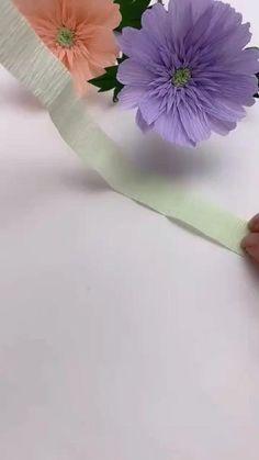 How To Make Paper Flowers, Paper Flowers Diy, Handmade Flowers, Diy Paper, Paper Art, Paper Crafts, Backdrop Decorations, Paper Decorations, Diy Flower Crown