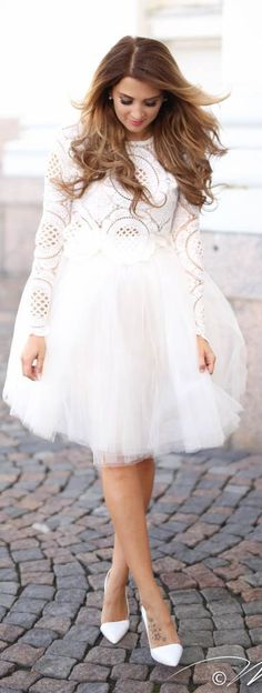 White Lace And Tulle Outfit Idea by Mungolife Chiffon Skirt, Dress Skirt, Dress Up, White Gowns, White Dress, Fancy Gowns, Midi Flare Skirt, Mode Style, Skirt Outfits