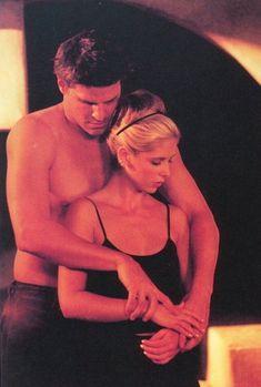 Buffy and Angel: Buffy the vampire slayer