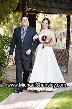 Brides Dress Display Portrait Photo At The Rockin R Ranch Wedding Venue In Mesa Phoenix Az Arizona By Michael Chansley Photography Photogr