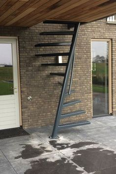 Steel Stairs, Loft Stairs, House Stairs, Standard Staircase, Black Staircase, Home Stairs Design, House Design, Steps Design, Mezzanine