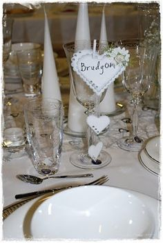Christels scrappeblogg: Bordkort: Bryllup og Konfirmasjon (gutt og jente) Table Decorations, Tags, Mailing Labels, Dinner Table Decorations