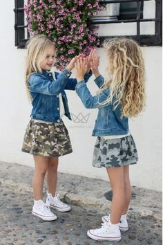 Wow check out these stylish kids clothes Toddler Fashion Check clothes kids Stylish stylishkidsclothes Wow Little Girl Outfits, Toddler Girl Outfits, Little Girl Fashion, Cute Little Girls, Cute Kids, Stylish Little Girls, Toddler Girls, Stylish Baby Clothes, Cool Kids Clothes