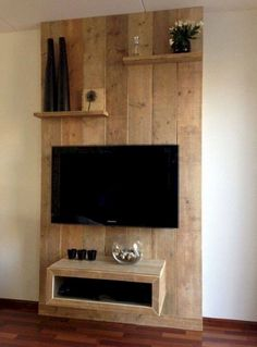 Simple Inexpensive DIY Pallet Furniture Ideas - Page 56 of 88 Diy Pallet Furniture, Diy Pallet Projects, Furniture Makeover, Wood Furniture, Furniture Design, Furniture Ideas, Furniture Storage, Inexpensive Home Decor, Inexpensive Furniture