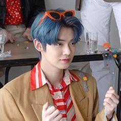 choi yeonjun is merciless. Pretty Boys, Cute Boys, Choi Daniel, Vkook Memes, Indie, The Dream, Fandom, Kpop Boy, Boyfriend Material