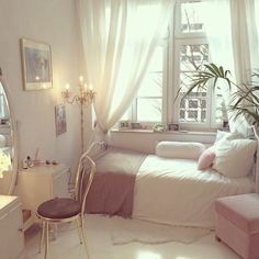 Gold, grey and blush bedroom