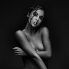 Woman : Peter Coulson Photographer - Fashion Photography