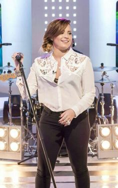 Demi Lovato on This Morning - May 30th 2014