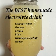 the best electrolyte drink! this will help you hydrate better than anything else! the best electrolyte drink! this will help you hydrate better than anything else! Healthy Juices, Healthy Smoothies, Healthy Detox, Healthy Drink Recipes, Juice Recipes, Healthy Snacks, Homemade Electrolyte Drink, Homemade Gatorade, Homemade Pedialyte