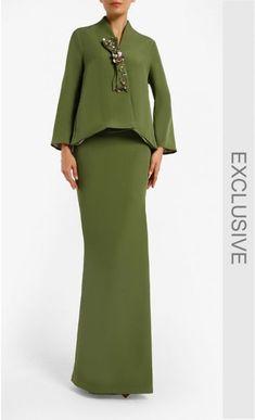 Suit Fashion, Party Fashion, Hijab Fashion, Fashion Dresses, Elegant Dresses For Women, Trendy Dresses, Simple Dresses, Hijab Evening Dress, Evening Dresses