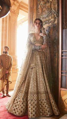 Royal Bridal Dress – Indian Lehenga Blouse - All About Golden Bridal Lehenga, Indian Bridal Lehenga, Pakistani Bridal Wear, Red Lehenga, Lehenga Blouse, Sabyasachi Dresses, Shaadi Lehenga, Indian Wedding Outfits, Indian Outfits