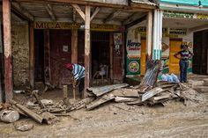 В ООН запросили 120 миллионов долларов на помощь пострадавшим от Мэтью гаитянцам - Зеркало недели