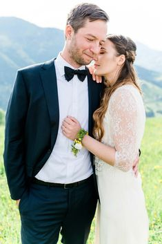 Jacqueline & Stefan: Sommerhochzeit auf der Alm MARIA PIRCHNER http://www.hochzeitswahn.de/inspirationen/jacqueline-stefan-sommerhochzeit-auf-der-alm/ #wedding #summer #couple