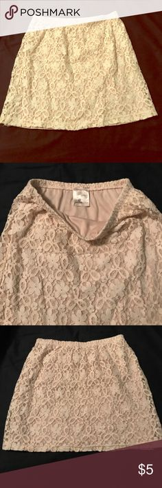 "Lace mini cream colored 24"" elastic waistband length is 25"" from top to bottom. jelle couture Skirts Mini"