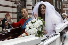 how tall is kate middleton height Kate Middleton Height, Prince William And Kate, Wedding Dresses, Photography, Bella, Teeth, Fashion, Bride Dresses, Moda