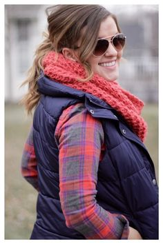 flannel, puffer vest, & chunky knit scarf. perfect casual fall/ winter outfit!
