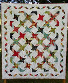 """""""Twisting with the Stars"""" quilt pattern by Little Louise Designs"""