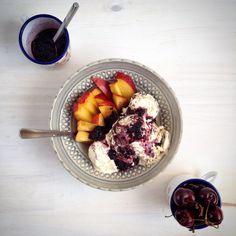 Icecream with nectarines and cherries