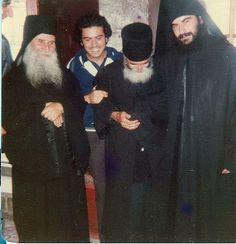 P. Joseph de Vatopedi, P. Païsios et Mgr Athanasios jeune moine in JOURNAL D'UN CHRETIEN ORTHODOXE ORDINAIRE