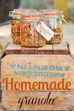 Homemade Granola Favors | Intimate Weddings - Small Wedding Blog - DIY Wedding Ideas for Small and Intimate Weddings - Real Small Weddings