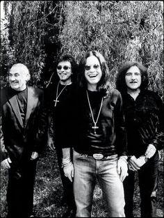 Black Sabbath - Say Cheeze !!!  Great pic ,,,  :)