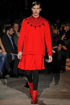 http://www.vogue.com/fashion-shows/fall-2012-menswear/givenchy/slideshow/collection