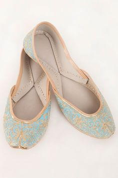 Arctic Blue Juttis With Gold Threadwork by label by priya. Shop now: http://www.onceuponatrunk.com/designers/label-by-priya #shoes #indian #traditional #blue #labelbypriya #shopnow #onceuponatrunk