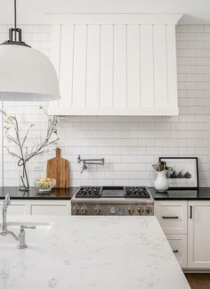 Vertical shiplap as kitchen backsplash | Crib | Pinterest ...