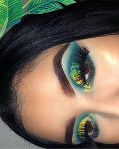 Glitter Makeup, Glam Makeup, Makeup Geek, Eyeshadow Makeup, Makeup Inspo, Makeup Inspiration, Makeup Tips, Hair Makeup, Eyeliner