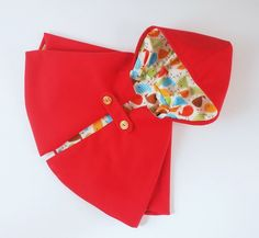 Érase una vez......capa roja de niña de Trick and Thread por DaWanda.com