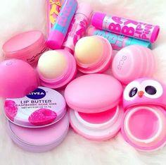 make-up girl lip butter maybelline babylip bam pink Eos Lip Balm, Lip Balms, Lipgloss, Neon Lipstick, Maybelline Lipstick, Baby Lips, Cute Makeup, Gorgeous Makeup, Lip Care