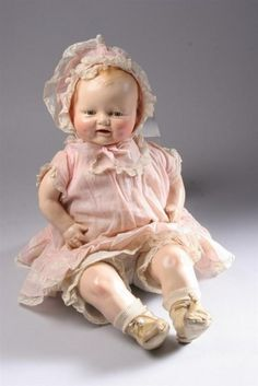 vintage Horsman 'Bubbles' baby doll.